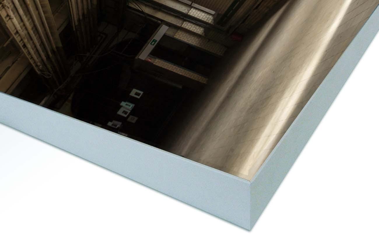 Close up textieldoek in frame gemonteerd zilver